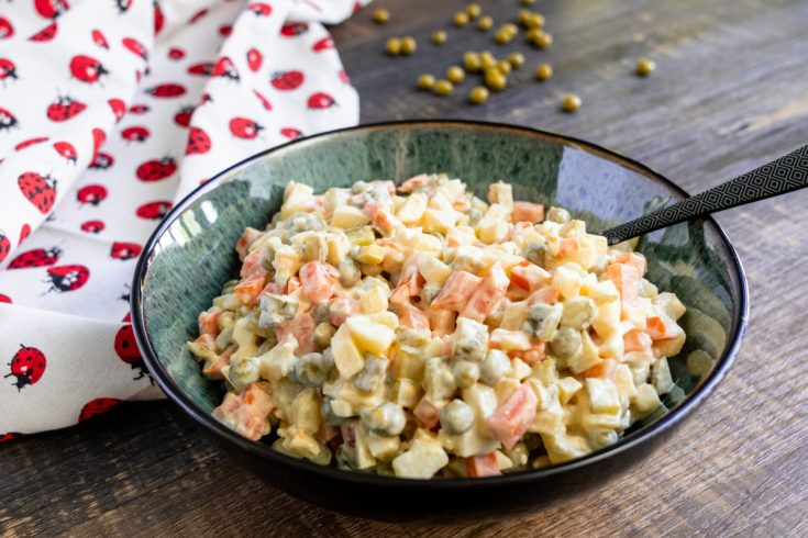 Polish Vegetable Salad: Salatka Jarzynowa